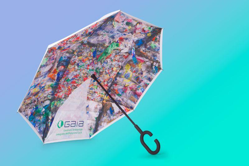 Ombrelli ad apertura inversa